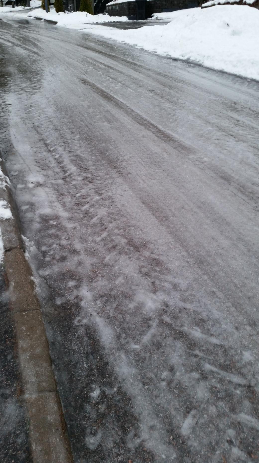 Ice on the street 3